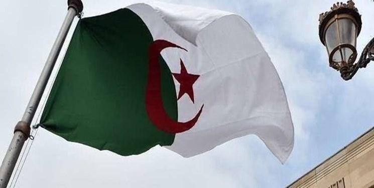 ارتش الجزایر: انتخابات ریاست جمهوری باید هر چه زودتر برگزار گردد