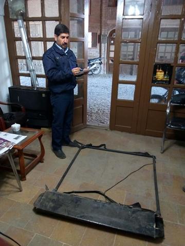 کشف دستگاه فلزیاب و حفاری غیر مجاز در منزل مسکونی نیشابور
