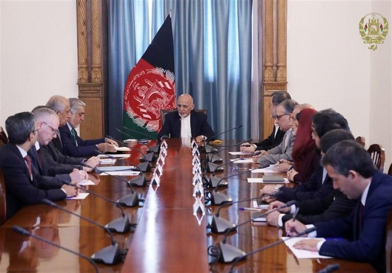 دیدار اشرف غنی و خلیلزاد درباره جزئیات مذاکرات آمریکا و طالبان