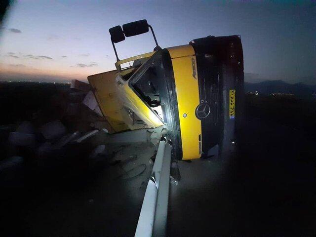 مرگ راننده کامیون در محور همدان